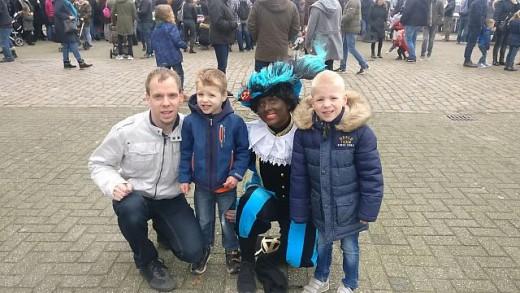 Broer Verhuizen, Andre Kuipers, intocht Sint en Dorian kan fietsen!